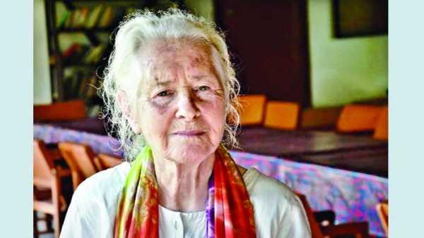 অদ্ভুত এক বন্ধনে ৬০ বছর বাংলাদেশের সেবায় লুসি হল্ট